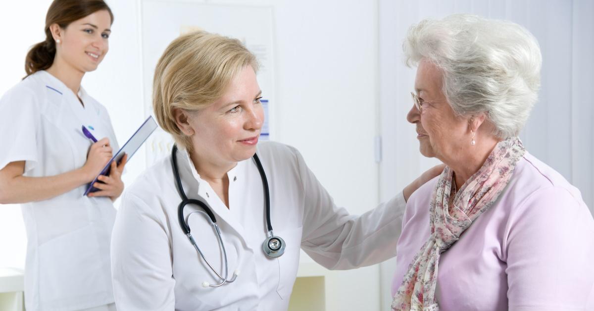 asistencia para personas mayores